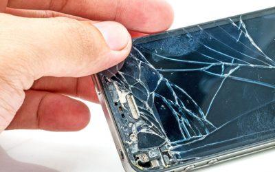 Qué hacer con tu móvil roto